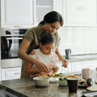 Як зробити так, щоб уся сім'я харчувалась корисно?