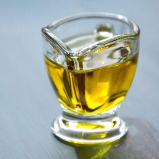 Користь та шкода лляної олії